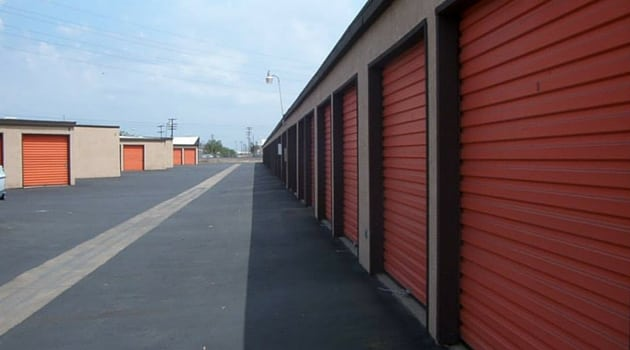 Drive up access storage unit rentals Atwater, CA