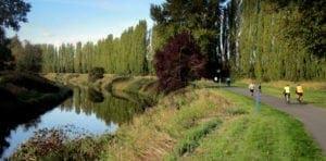 trail along marymoor park redmond wa