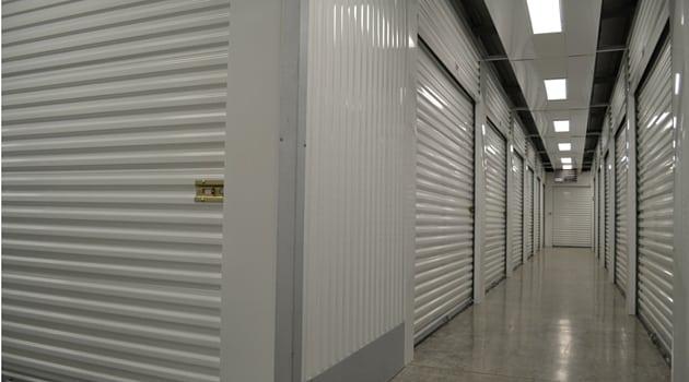 Heated self storage units North Plains