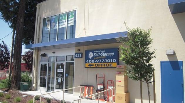 Our San Jose, CA self storage rental office