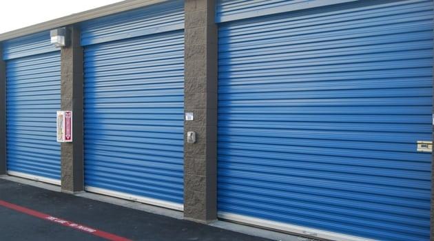Drive up access storage units Santa Clara
