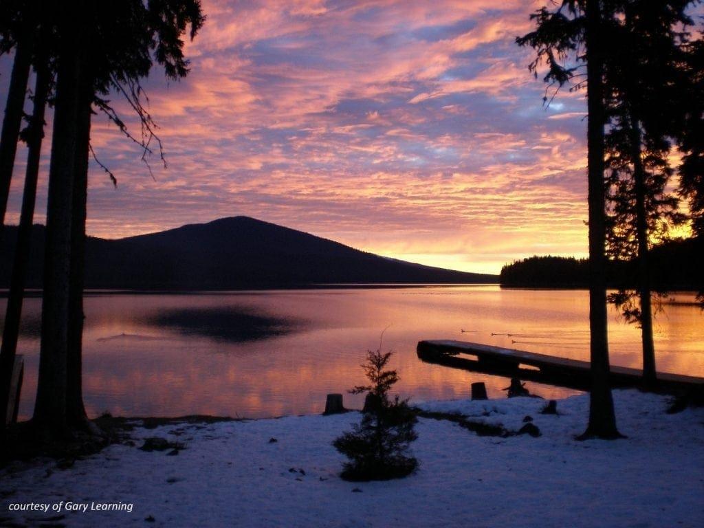 Odell_Lake_at_dawn-courtesy-Gary_Leaming