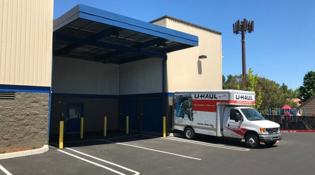 Covered loading at our Beaverton storage facility