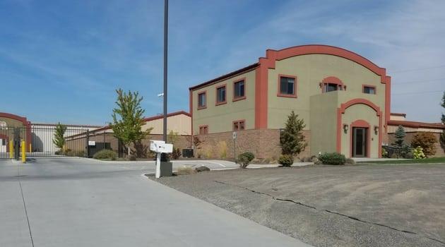 Broadmoor Storage Solutions 9335 Sandifur Parkway Pasco, WA 99301- storage units 1