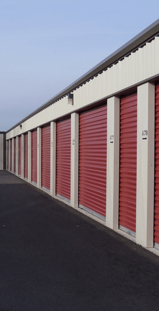 Photo of drive up storage units at Maple Valley Mini Storage