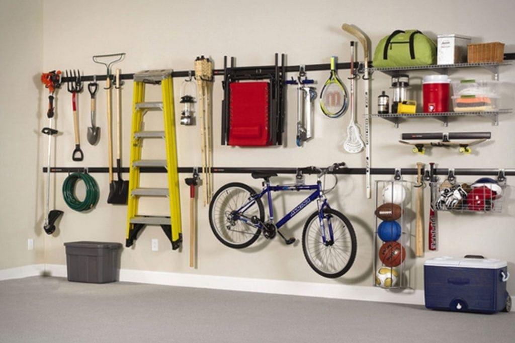 Rubbermaid Fasttrack Garage Organization System