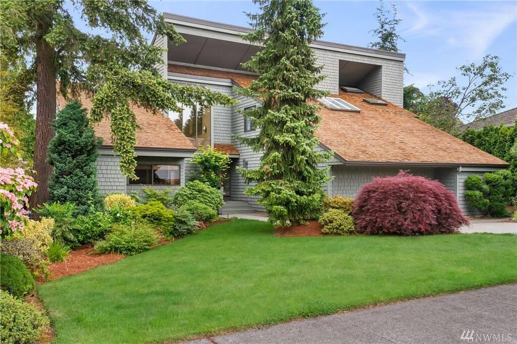Home in Highland Terrace Shoreline WA - Courtesy NWMLS