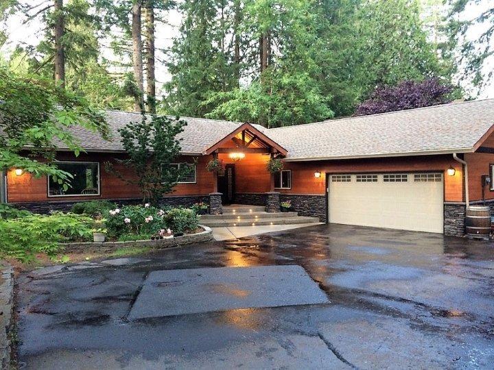 House in Lakemoor Neighborhood Olympia WA