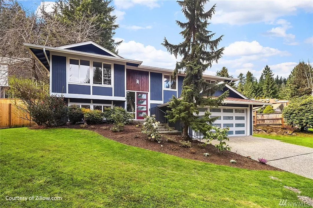 Home in Bear Creek Neighborhood, Redmond, WA