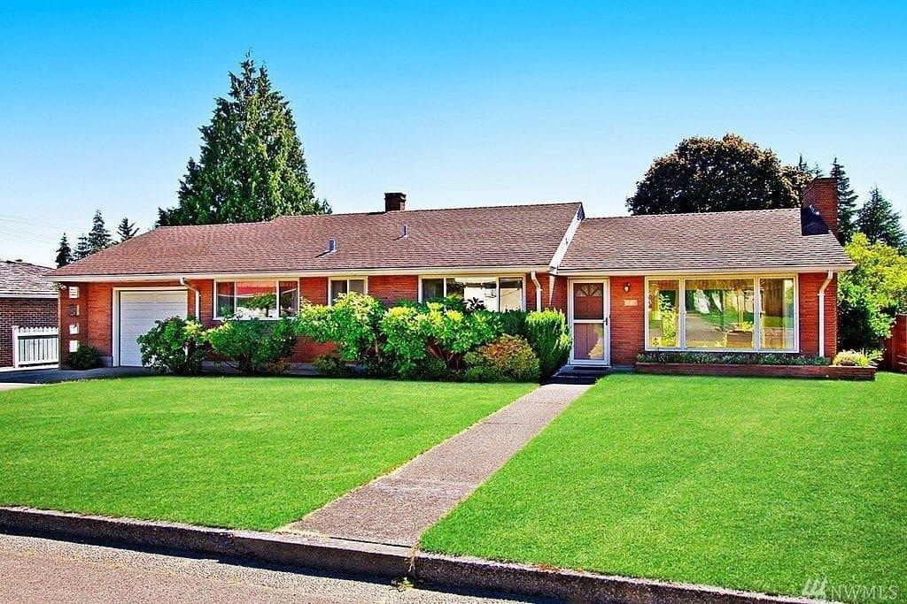 House in South Forest Park Neighborhood Everett WA