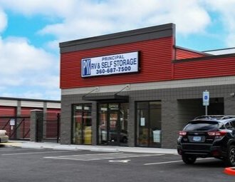 Storage units with drive up access in Everett, WA
