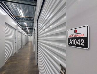 Storage units 25301 pacific hwy s kent washington kent supreme self storage