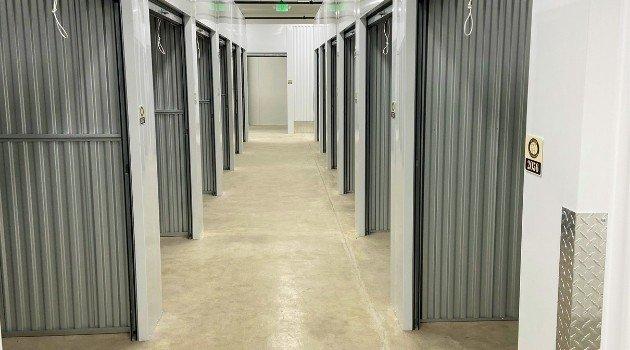 bulldog self storage 7000 265th st nw unit 102 stanwood washington 98292-units 3