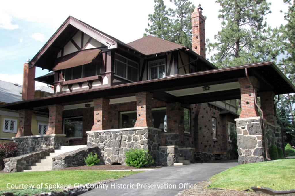 arts and crafts home in Spokane